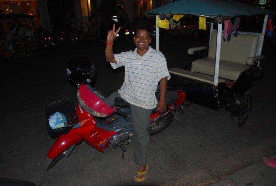 Sophal - Najlepszy tuk - tukowiec w Siem Reap.